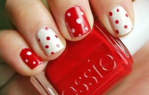 red-white-polka-dot-nails